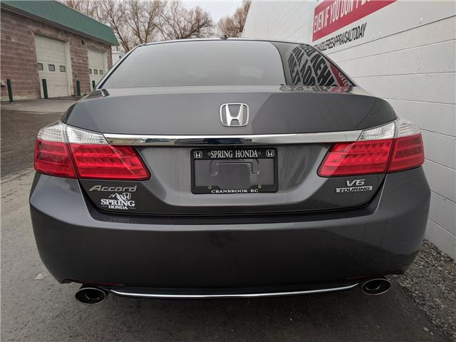 2015 Honda Accord Touring V6 (Stk: H00354A) in North Cranbrook - Image 5 of 17