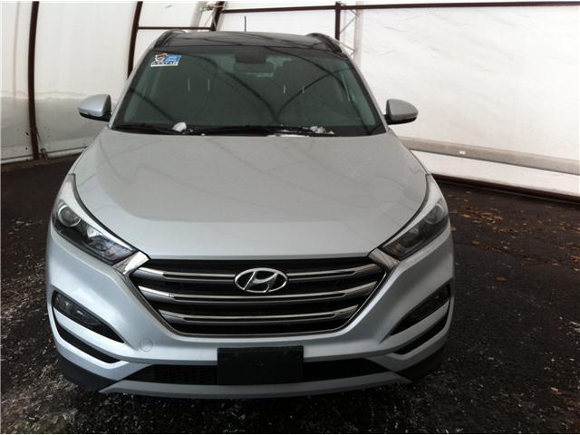2017 Hyundai Tucson SE (Stk: A8271B) in Ottawa - Image 2 of 25