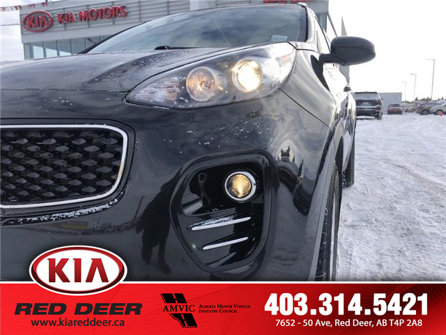 2017 Kia Sportage LX (Stk: 9SR3784B) in Red Deer - Image 2 of 12