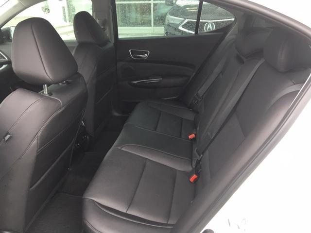 2018 Acura TLX Tech (Stk: 1810250) in Hamilton - Image 10 of 23