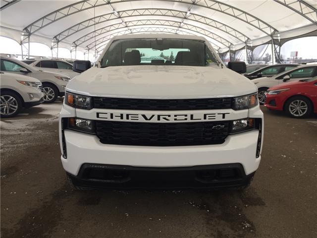 2019 Chevrolet Silverado 1500 Silverado Custom (Stk: 171635) in AIRDRIE - Image 2 of 17
