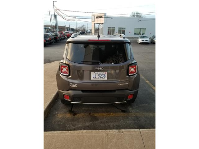 2017 Jeep Renegade Limited 4WD (Stk: ) in Dartmouth - Image 3 of 9