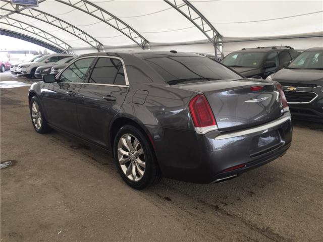 2016 Chrysler 300 Touring (Stk: 171709) in AIRDRIE - Image 4 of 23