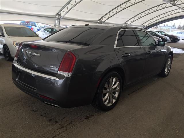 2016 Chrysler 300 Touring (Stk: 171709) in AIRDRIE - Image 6 of 23