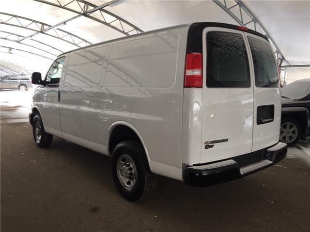 2018 Chevrolet Express 2500 Work Van (Stk: 172180) in AIRDRIE - Image 4 of 18