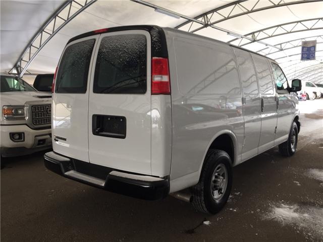 2018 Chevrolet Express 2500 Work Van (Stk: 172180) in AIRDRIE - Image 6 of 18