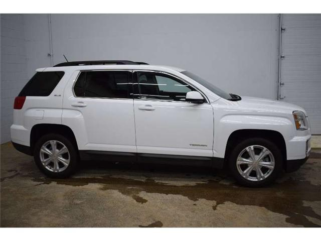 2017 GMC Terrain SLE-2 - BACKUP CAM * HEATED SEATS * TOUCH SCREEN  (Stk: B3273) in Kingston - Image 1 of 30