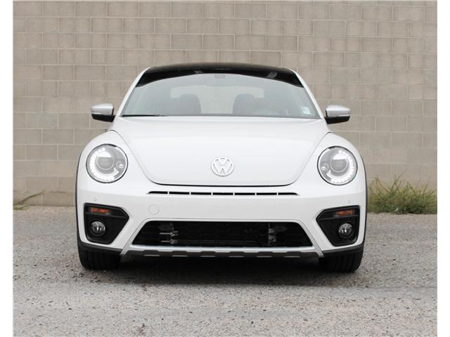 2018 Volkswagen Beetle 2.0 TSI Dune (Stk: 68538) in Saskatoon - Image 2 of 20
