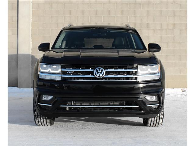2018 Volkswagen Atlas 3.6 FSI Execline (Stk: 68621) in Saskatoon - Image 2 of 23