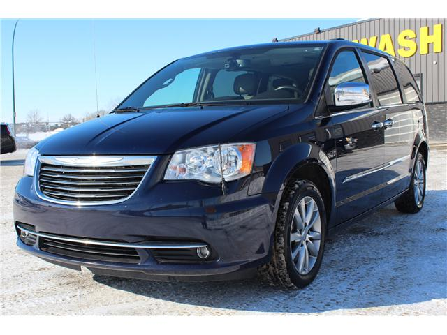 2015 Chrysler Town & Country Touring-L (Stk: CC2570) in Regina - Image 1 of 15