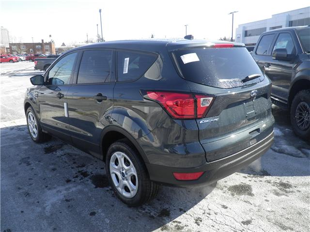 2019 Ford Escape S (Stk: 1912030) in Ottawa - Image 2 of 10