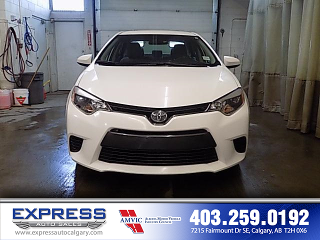 2016 Toyota Corolla CE (Stk: P15-1010A) in Calgary - Image 2 of 17