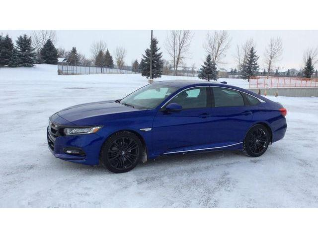 2018 Honda Accord Sport (Stk: 1559) in Lethbridge - Image 3 of 9