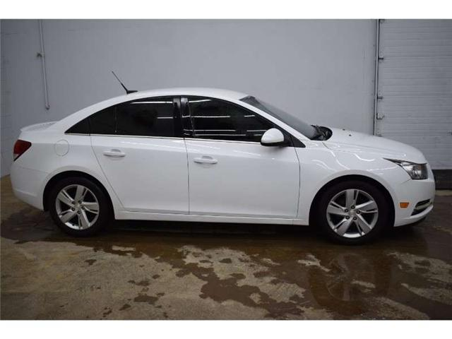 2014 Chevrolet Cruze DIESEL - BACKUP CAM * LEATHER * HTD SEATS (Stk: B3400) in Kingston - Image 1 of 30