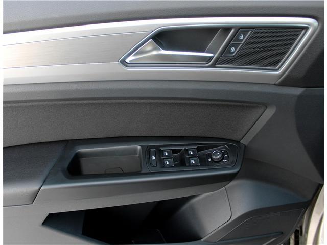 2018 Volkswagen Atlas 3.6 FSI Trendline (Stk: V7028) in Saskatoon - Image 9 of 20