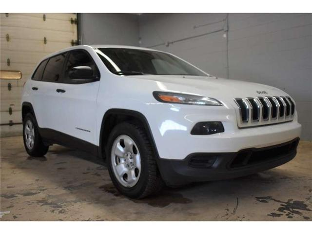 2017 Jeep Cherokee SPORT - BACKUP CAM * HEATED SEATS * TOUCH SCREEN (Stk: B3416) in Kingston - Image 2 of 29