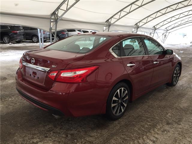2016 Nissan Altima 2.5 SV (Stk: 169562) in AIRDRIE - Image 6 of 21