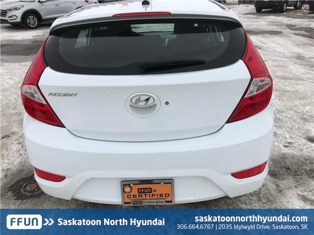 2017 Hyundai Accent LE (Stk: 39064A) in Saskatoon - Image 3 of 11