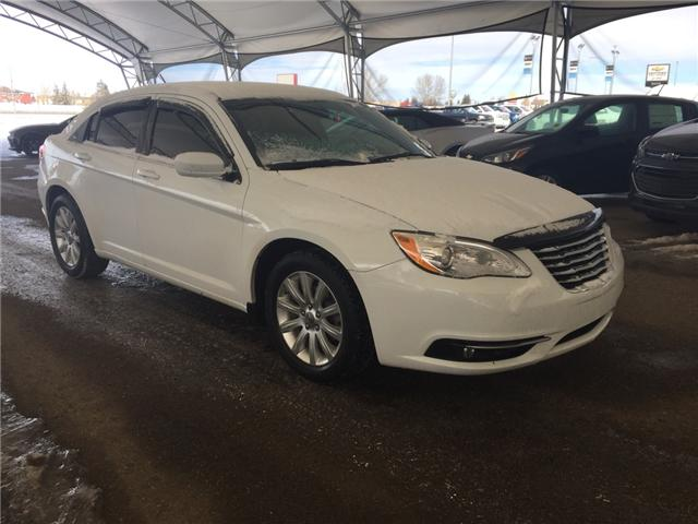 2013 Chrysler 200 Touring (Stk: 172623) in AIRDRIE - Image 1 of 17