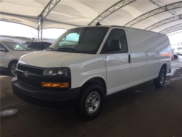 2018 Chevrolet Express 2500 Work Van (Stk: 173030) in AIRDRIE - Image 2 of 15