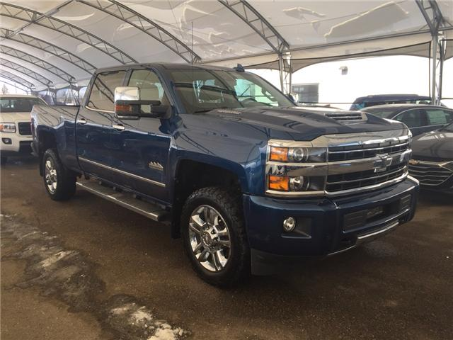 2018 Chevrolet Silverado 2500HD High Country (Stk: 164582) in AIRDRIE - Image 1 of 23