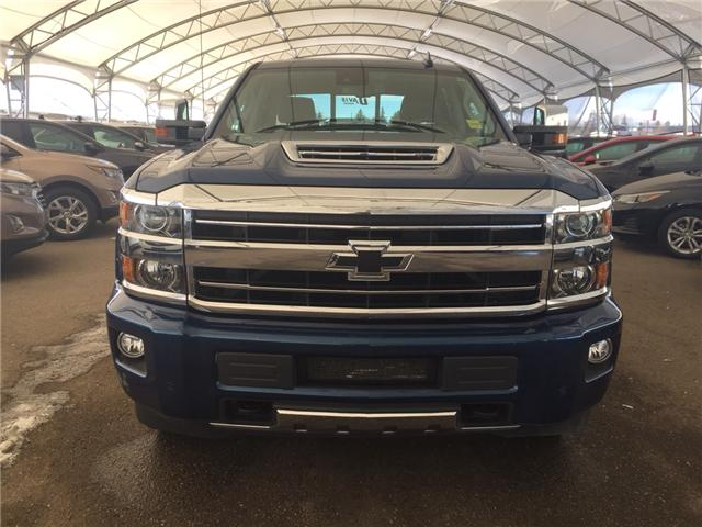 2018 Chevrolet Silverado 2500HD High Country (Stk: 164582) in AIRDRIE - Image 2 of 23
