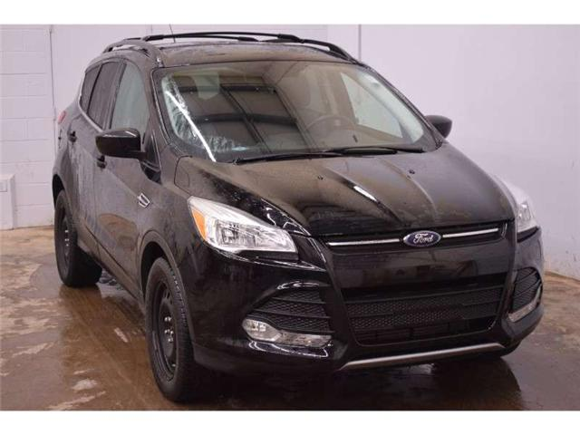 2016 Ford Escape SE 4X4 - NAV * HEATED SEATS * BACKUP CAM (Stk: B3412) in Kingston - Image 2 of 30