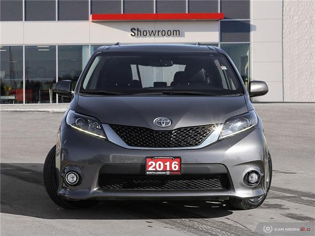 2016 Toyota Sienna SE 8 Passenger (Stk: U10970) in London - Image 2 of 27