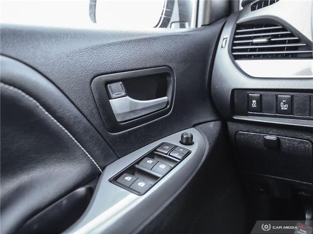 2016 Toyota Sienna SE 8 Passenger (Stk: U10970) in London - Image 10 of 27