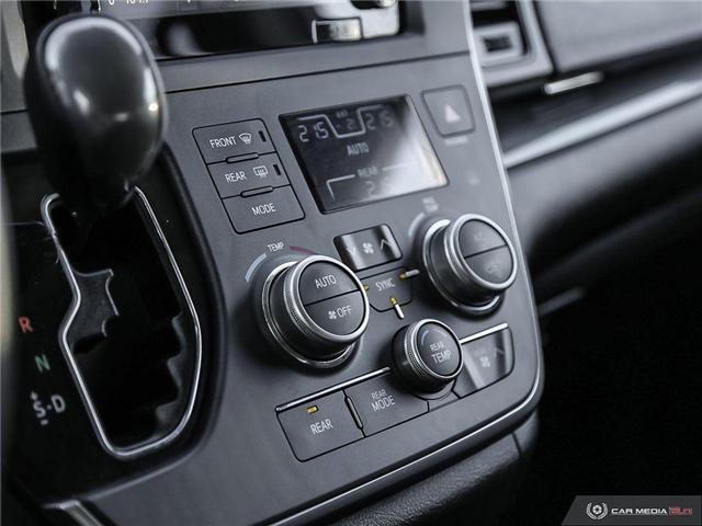 2016 Toyota Sienna SE 8 Passenger (Stk: U10970) in London - Image 13 of 27