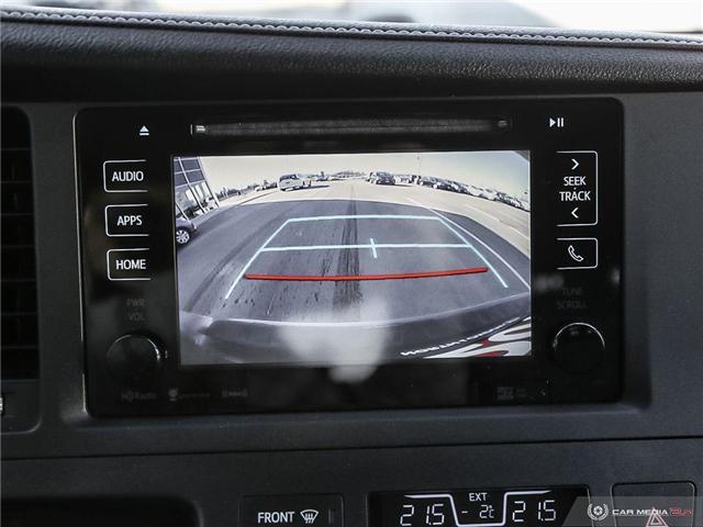 2016 Toyota Sienna SE 8 Passenger (Stk: U10970) in London - Image 14 of 27