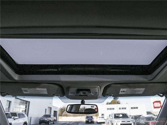 2016 Toyota Sienna SE 8 Passenger (Stk: U10970) in London - Image 19 of 27