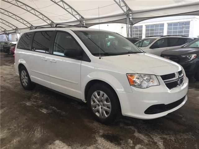 2016 Dodge Grand Caravan SE/SXT (Stk: 172806) in AIRDRIE - Image 1 of 18
