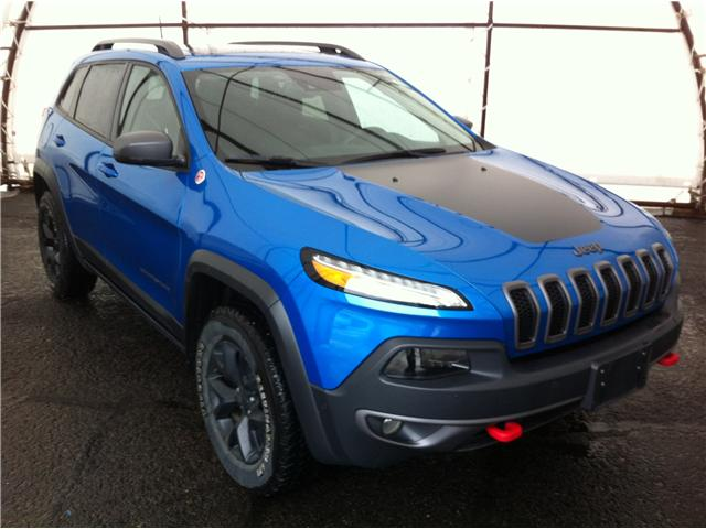 2017 Jeep Cherokee Trailhawk (Stk: 190174A) in Ottawa - Image 1 of 20