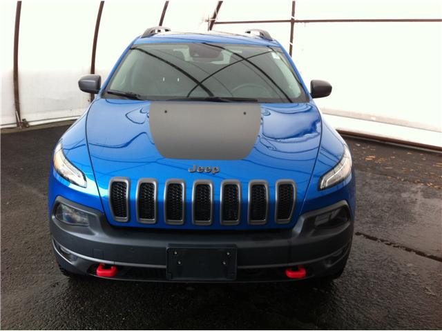 2017 Jeep Cherokee Trailhawk (Stk: 190174A) in Ottawa - Image 2 of 20