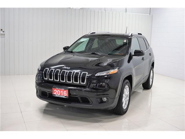 2016 Jeep Cherokee North (Stk: V19044A) in Sault Ste. Marie - Image 1 of 20