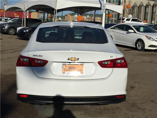2017 Chevrolet Malibu 1LT (Stk: B7271) in Saskatoon - Image 4 of 25