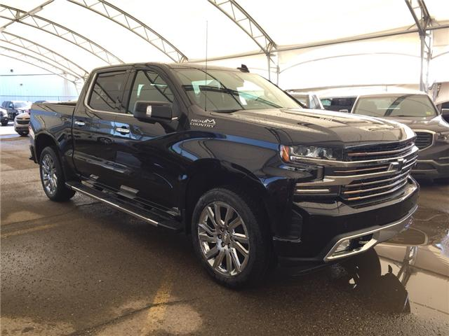 2019 Chevrolet Silverado 1500 High Country (Stk: 172928) in AIRDRIE - Image 1 of 22