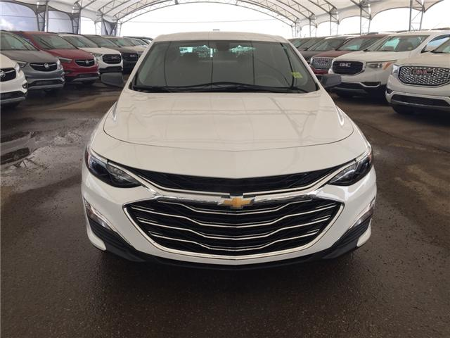 2019 Chevrolet Malibu 1LS (Stk: 173378) in AIRDRIE - Image 2 of 18