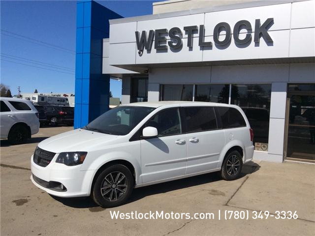 2017 Dodge Grand Caravan CVP/SXT (Stk: T1901) in Westlock - Image 1 of 14