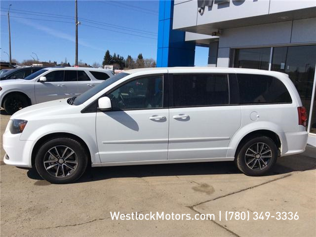 2017 Dodge Grand Caravan CVP/SXT (Stk: T1901) in Westlock - Image 2 of 14