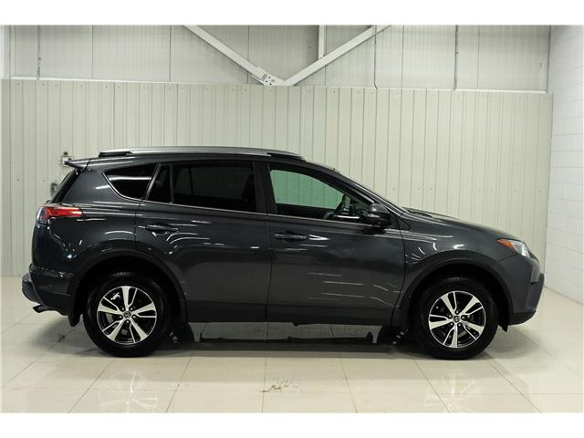 2018 Toyota RAV4 LE (Stk: A19079A) in Sault Ste. Marie - Image 5 of 15