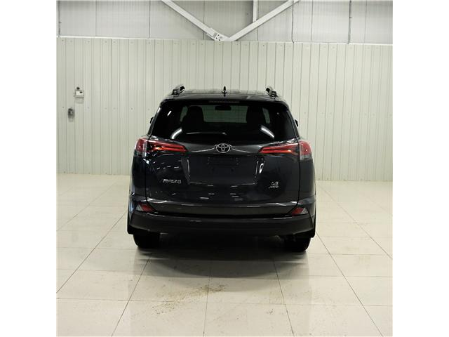 2018 Toyota RAV4 LE (Stk: A19079A) in Sault Ste. Marie - Image 4 of 15