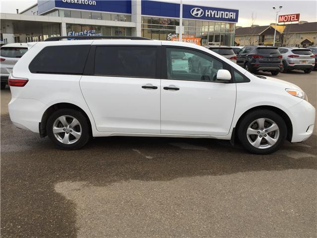 2017 Toyota Sienna 7 Passenger (Stk: B7254) in Saskatoon - Image 2 of 23