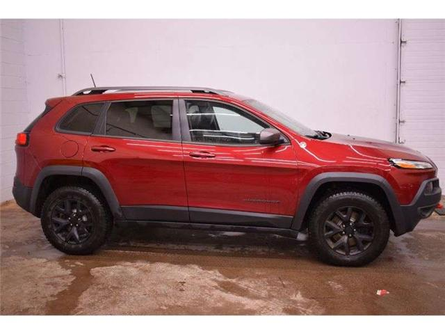 2016 Jeep Cherokee TRAILHAWK 4X4 - HTD SEATS * BACKUP CAM * LEATHER (Stk: B3653) in Kingston - Image 1 of 30