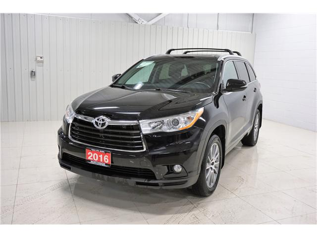 2016 Toyota Highlander XLE (Stk: R19008A) in Sault Ste. Marie - Image 1 of 18
