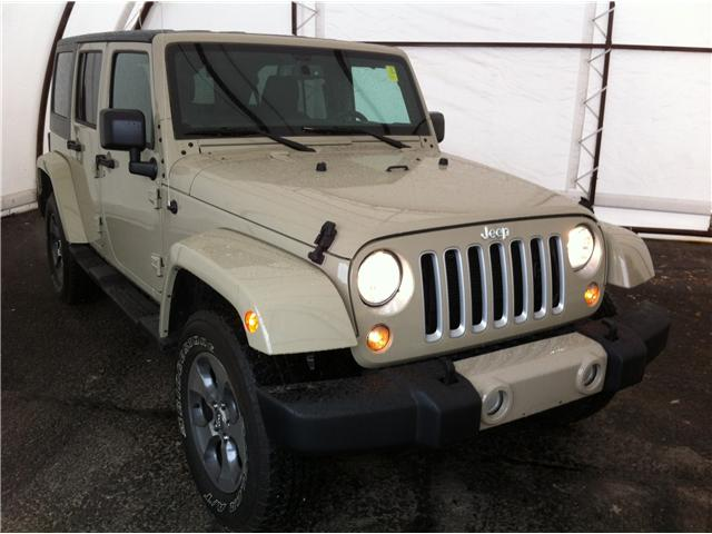 2018 Jeep Wrangler JK Unlimited Sahara (Stk: R8354A) in Ottawa - Image 1 of 26