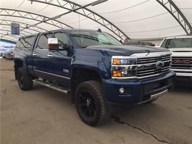 2015 Chevrolet Silverado 2500HD High Country (Stk: 172621) in AIRDRIE - Image 1 of 25