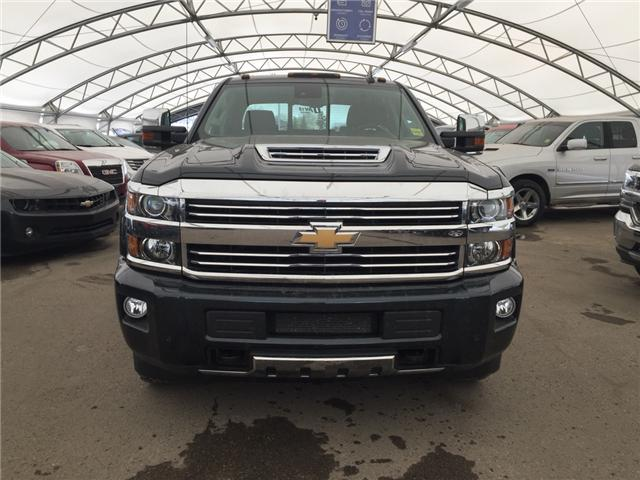 2017 Chevrolet Silverado 2500HD High Country (Stk: 150600) in AIRDRIE - Image 2 of 23
