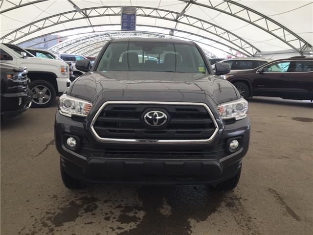 2019 Toyota Tacoma SR5 V6 (Stk: 174684) in AIRDRIE - Image 2 of 17